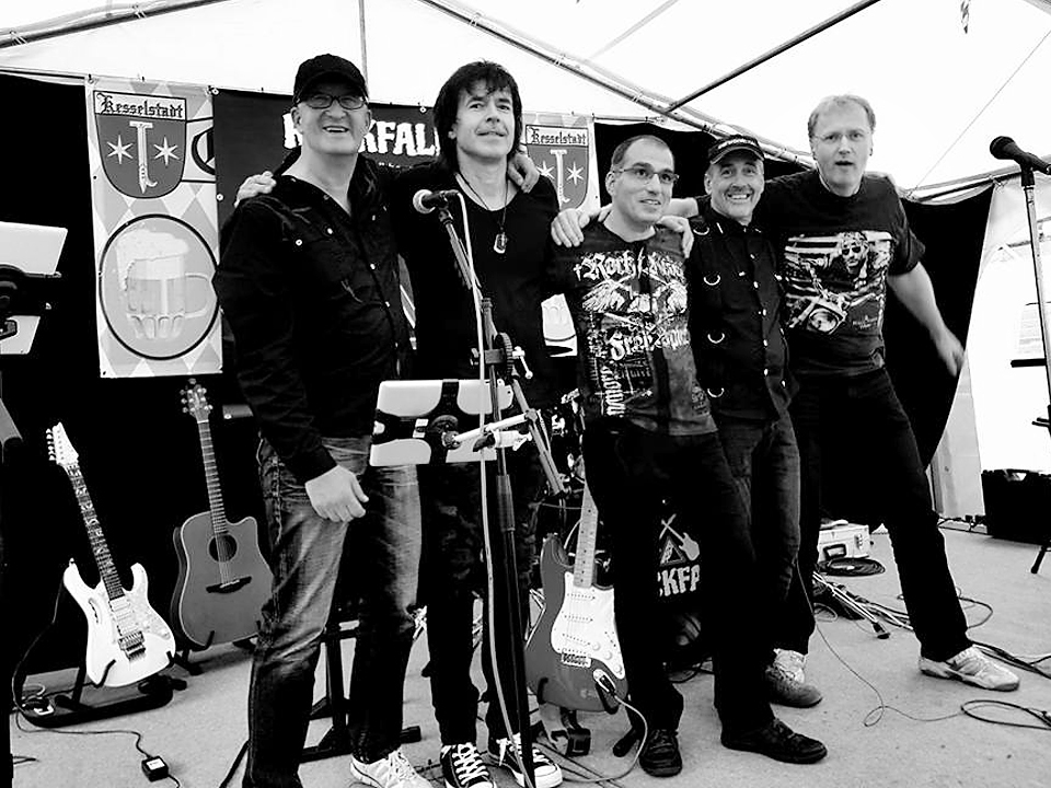 ROCKFALL Band