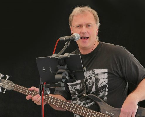 Uwe Hohmann (Bassist)